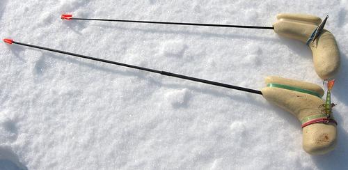 Зимняя удочка кобылка
