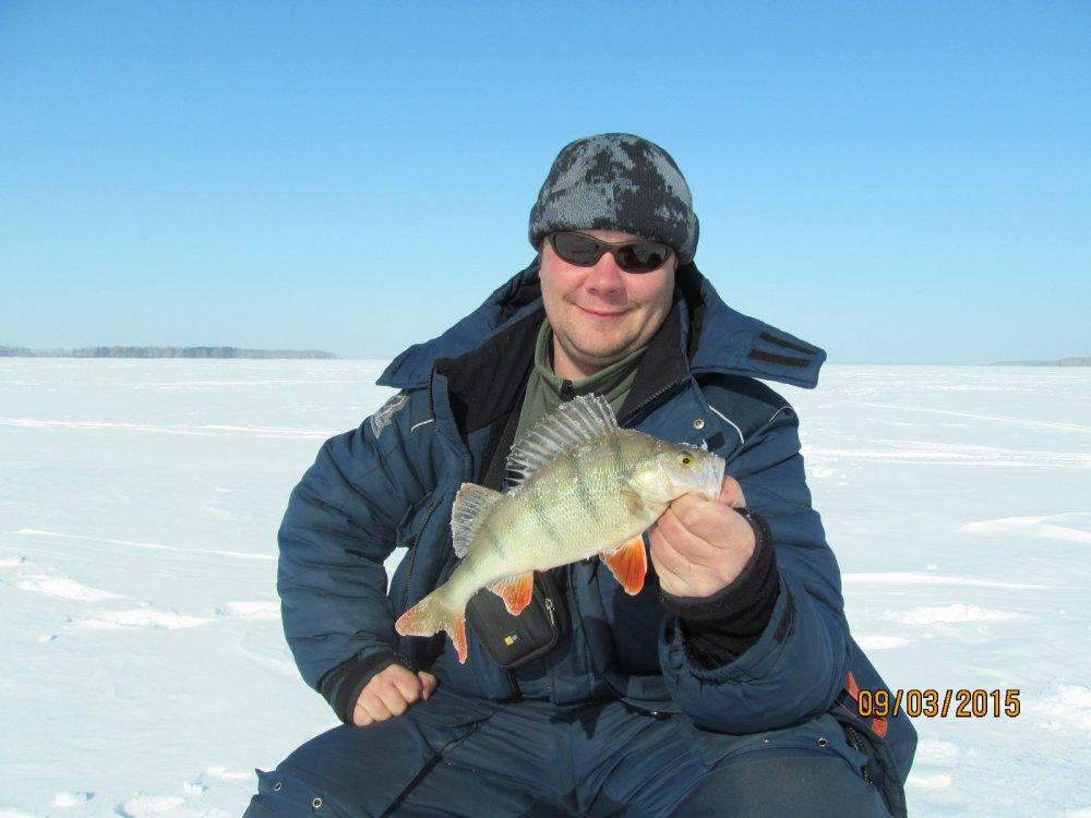 На что лучше ловить рыбу зимой