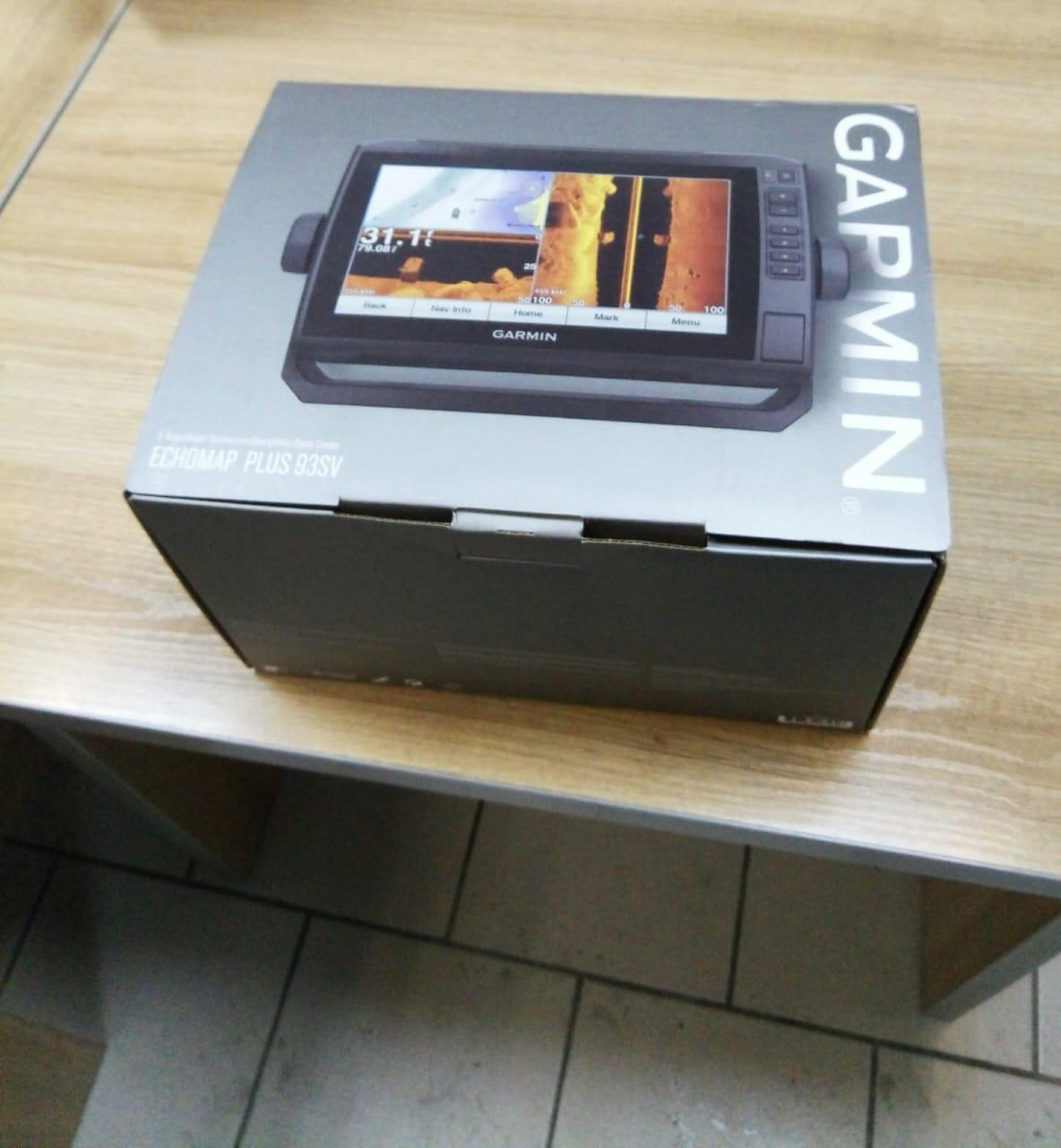 Продам: Garmin echoMAP Plus 93sv, лицензионные карты   Электроника