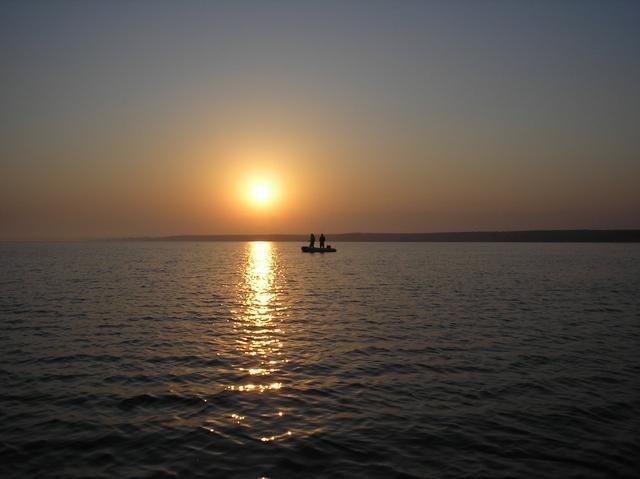 """Обское водохранилище. Лодка """"Сузумар"""", в лодке АLEX(a.teryaev) +1 чел (уже не помню кто)."""