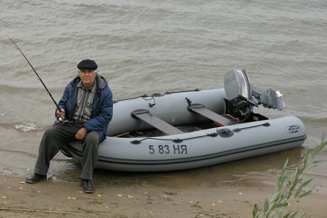 """Обское водохранилище (р-н д. Соколово) Лодка """"Фрегат-320"""" в лодке Валишин О.М."""