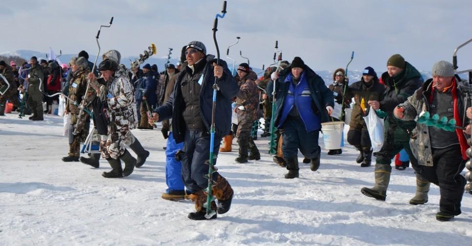 На какую леску ловить зимой